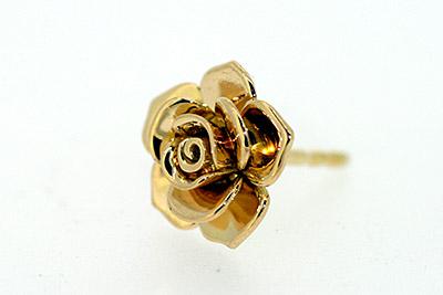 Ohrstecker aus Gelbgold in Form einer Rose